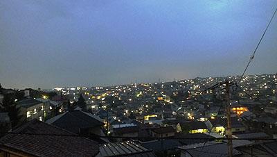 窓からの夜景